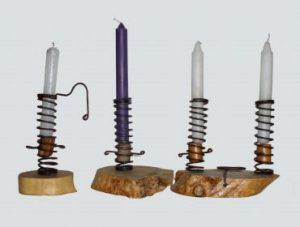 Originali porta candele in legno e ferro